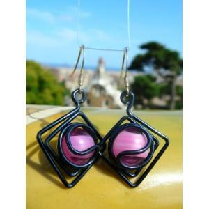 """Petites boucles d'oreilles """"losanges"""" en métal+verre colorés"""