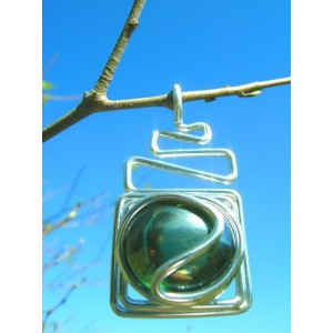 """""""Echelle"""" pendant with colored glass"""