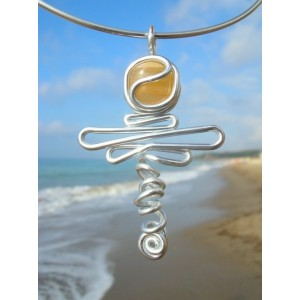 """Libelula"" pendant with natural stone"