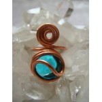 Spirale copper ring with colored glass