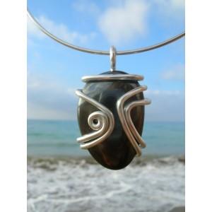 "Grand pendentif ""Arabesque"" avec galet de pierre naturelle"