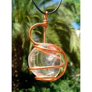 """Grand pendentif """"esse"""" en cuivre avec galet de pierres naturelles"""