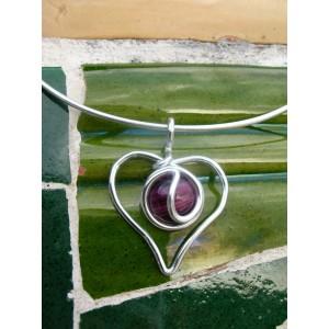 """Petit pendentif """"coeur"""" avec verre coloré"""