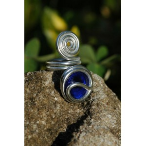 """Big """"spirale"""" ring with colored glass"""