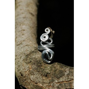 """""""Nuage"""" ring with small natural stone"""