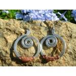 """Boucles d'oreille martelées """"spirales"""""""