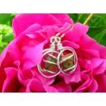 """Boucles d'oreille """"Tourbillon""""avec petites pierres naturelles"""
