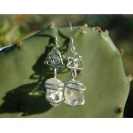 Boucles d'oreille avec petites pierres naturelles