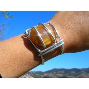Big square bracelet with big natural stone