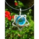 "Petit pendentif ""étoile"" bleu clair"
