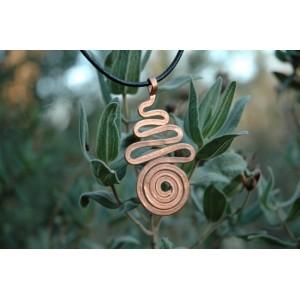 """Zig-zag+spirale"" hammered pendant"