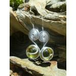 """Boucles d'oreilles """"spirales"""" avec verre coloré"""