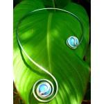 """Collier écharpe """"spirale"""" avec cabochons de verre coloré"""