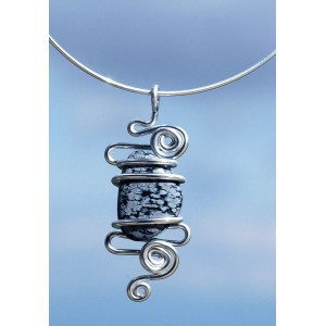 """""""Nuage"""" pendant with big natural stone"""
