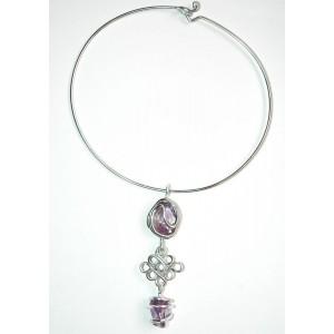 """noeud de l'infini"" pendant with natural stones"