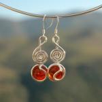 Boucles d'oreille Clef de Sol avec verre coloré