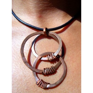 """""""Triple-ring"""" hammered pendant"""